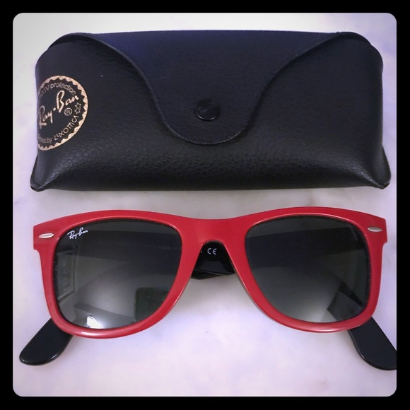 fe746bb776 Ray Ban Original Wayfarers w  Case RB2140 955. M 5a8246ab3800c5c1addedcf8
